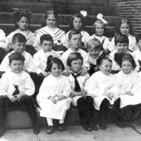 Class photograph showing Paul Swain Havens as a child