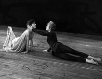 Light and dark duet, on floor